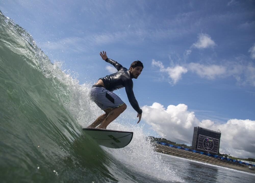Surf Foto AFP referencia.jpg