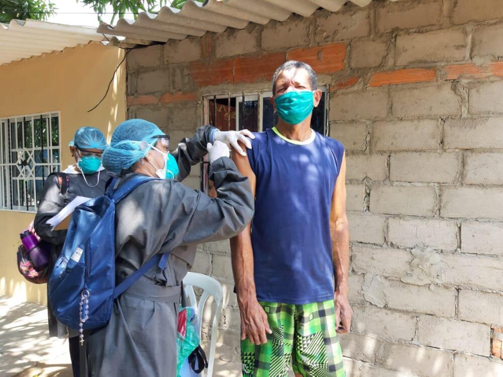 376450_BLU Radio // Vacunación contra infecciones respiratorias en el Atlántico // Foto: Gobernación del Atlántico