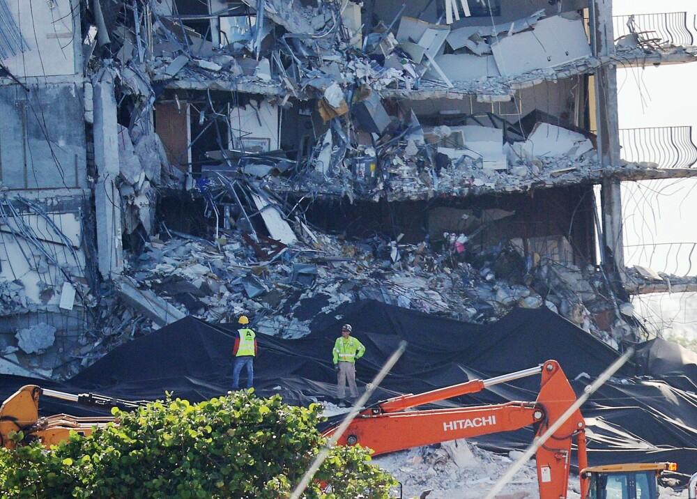 Edificio que colapsó en Miami Foto AFP.jpg