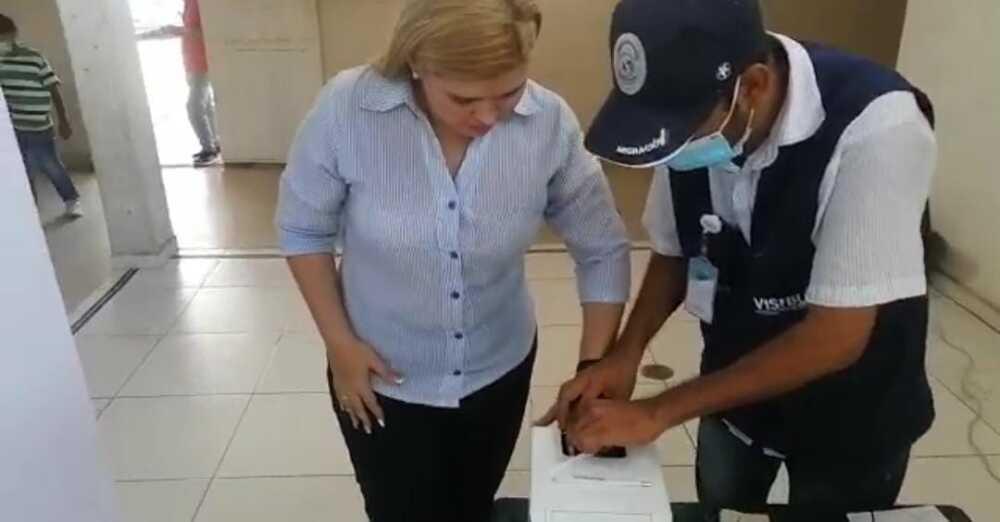 biometría de venezolanos.jpeg