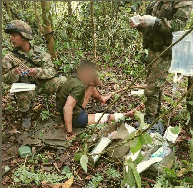soldado salvó la vida de un miembro del clan del golfo.jpeg