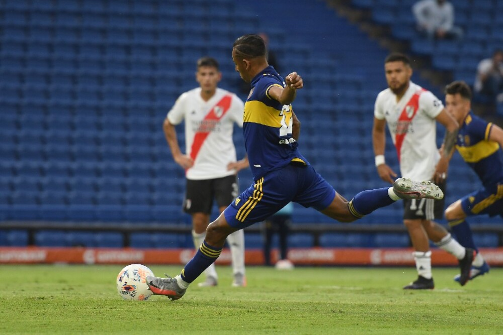 Sebastian Villa Boca Juniors River Plate 140321 Getty images E.jpg