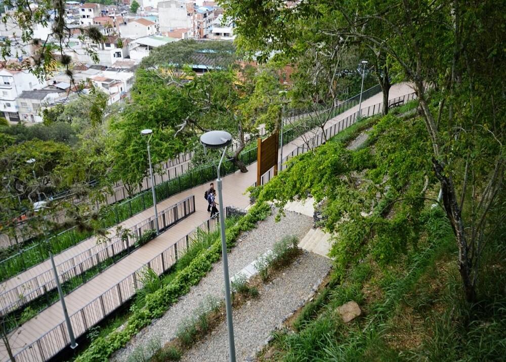 FOTO PARQUE ENCANTADO.jpg
