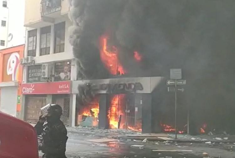 incendio davivienda cali.png
