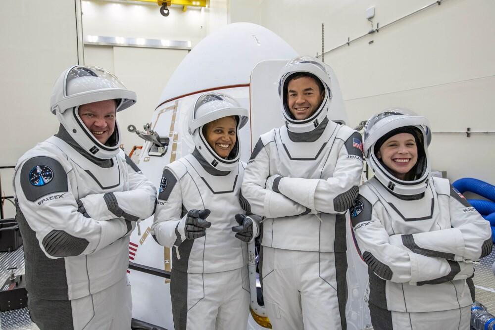 Tripulación del Inspiration 4, el primer vuelo espacial solo de civiles