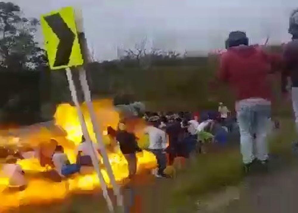 370211_Explosión de camión cisterna en Magdalena / Foto: Captura de video