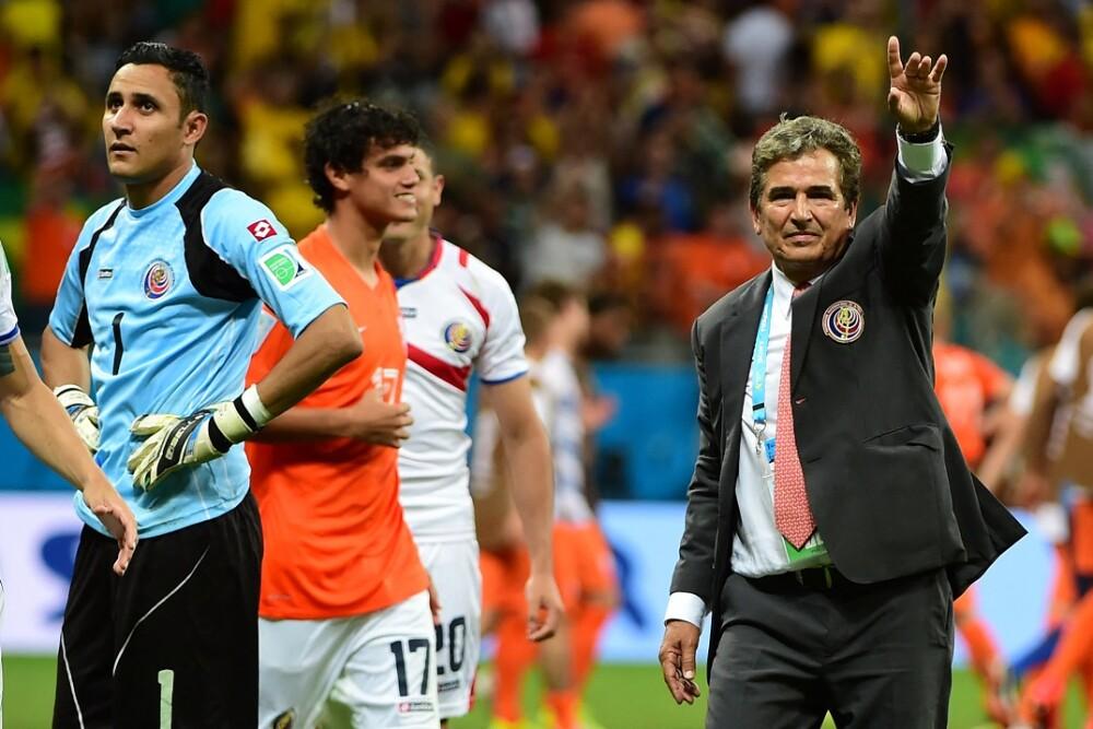 Jorge Luis Pinto y Keylor Navas. Foto: AFP
