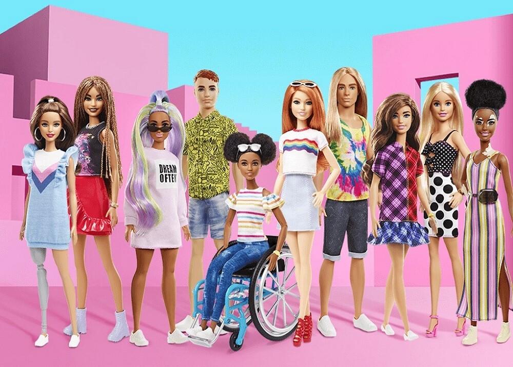 353909_BLU radio. Barbie / Foto: Mattel