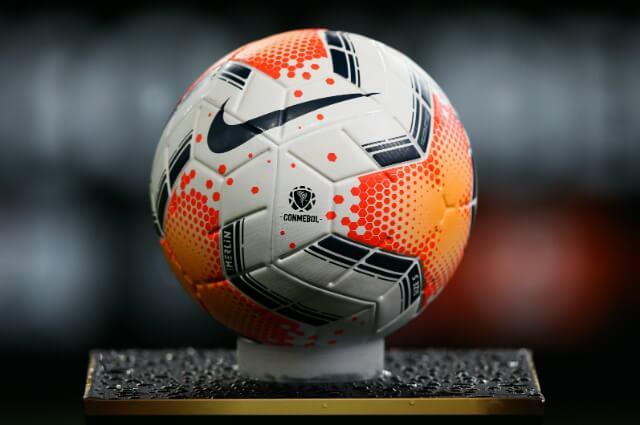 332669_Balón oficial Copa Libertadores