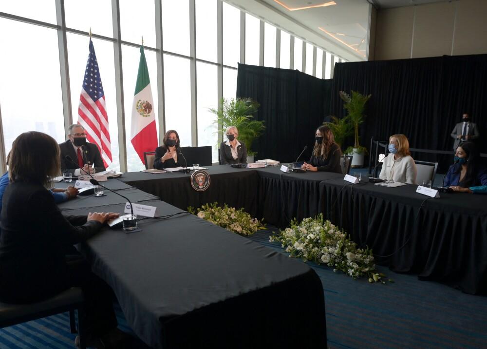 Kamala Harris en reunión con empresarias mexicanas Foto AFP.jpg