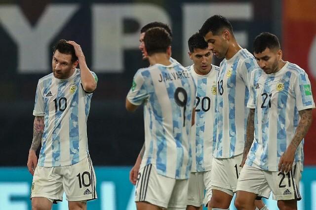 Bajas en la Selección Argentina contra Colombia