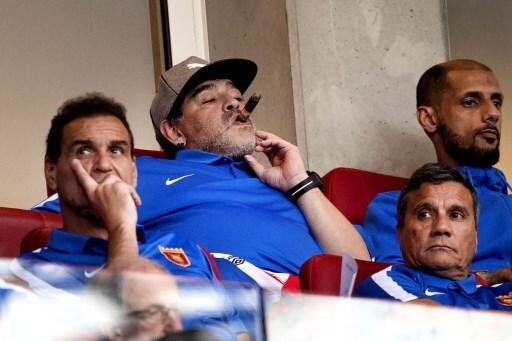 Maradona visits PSV