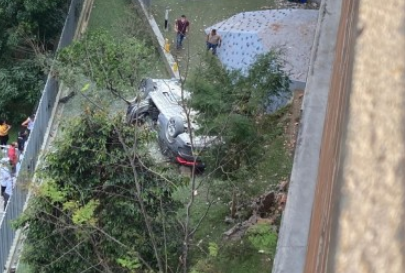 Caída Vehículo en Medellín