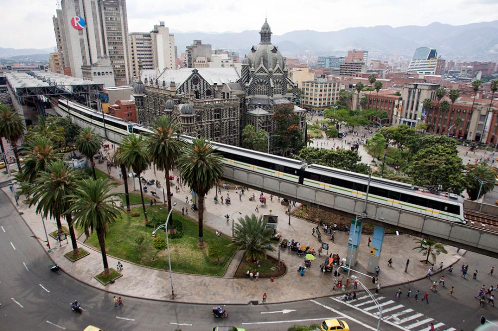 275472_BLU Radio. Medellín / Foto: AFP