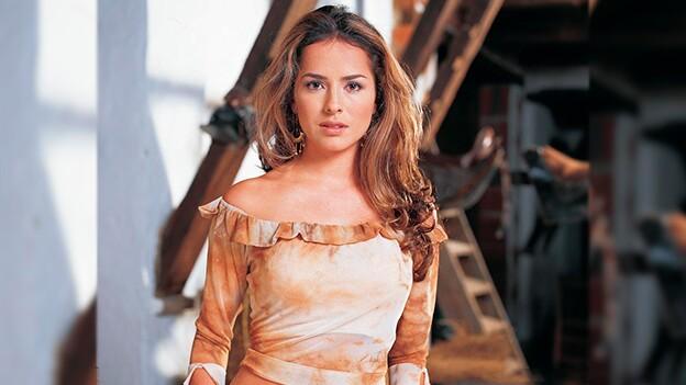 Danna Garcí interpretando a Norma Elizondo en Pasión de Gavilanes