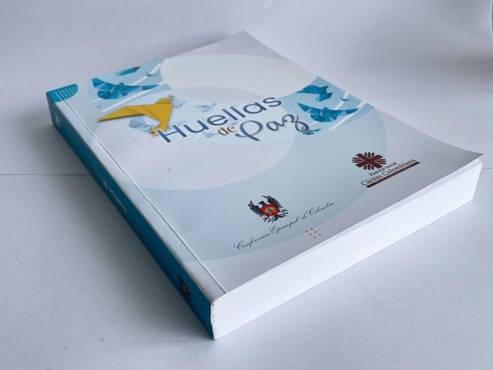 Libro 'Huellas de paz'