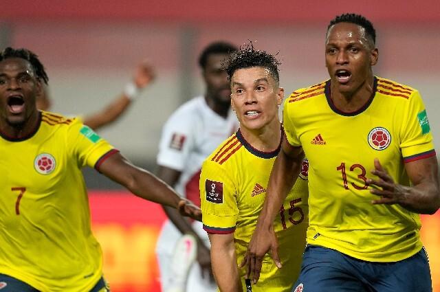 Clubes felicitan a jugadores de la Selección Colombia