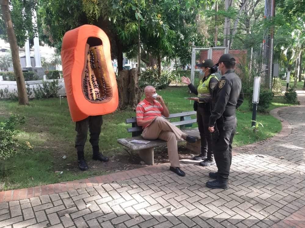 campaña para no dar papaya de la policia de monteria (3).jpeg