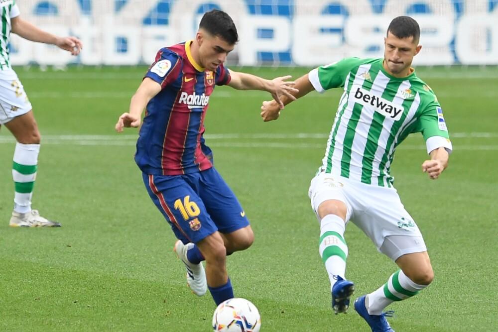Pedri Barcelona Real Betis 071120 AFP E.jpg