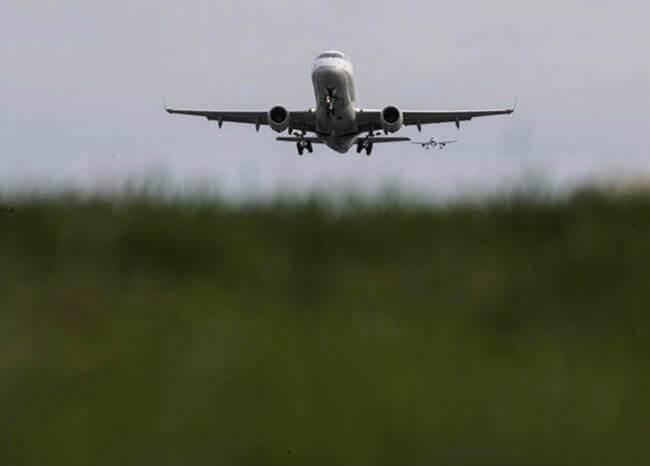 367070_Avión / Foto / AFP