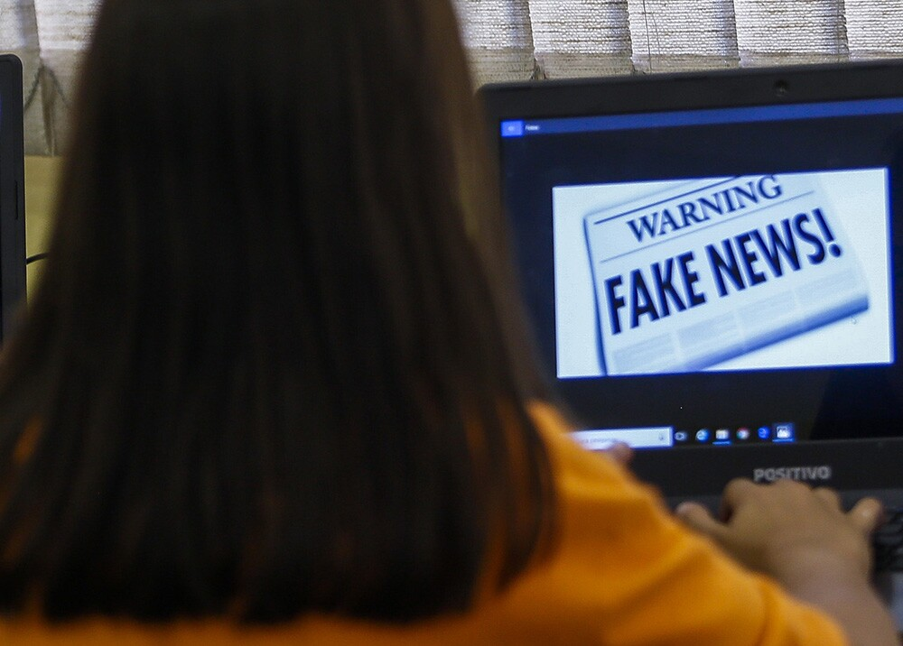310971_BLU Radio. Fake news / Foto: AFP.