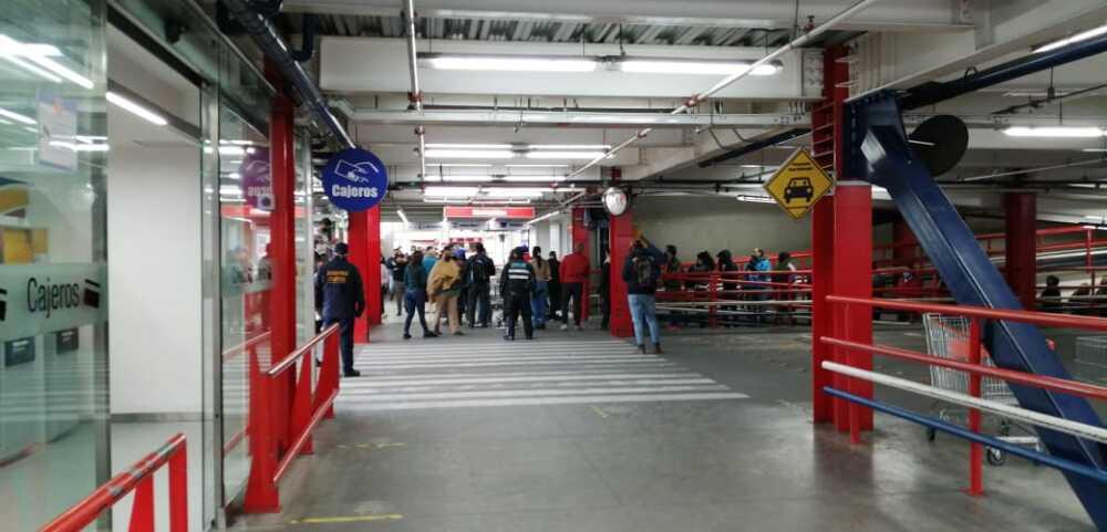 368116_Día sin IVA en almacén de Bogotá - Foto: BLU Radio