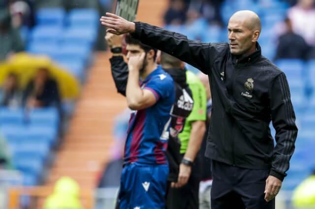 321085_Zinedine Zidane