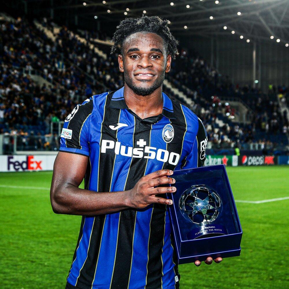 Duván Zapata, jugador de Atalanta. Atalanta Oficial.jpg