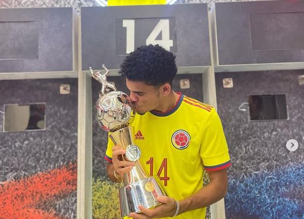 Luis Díaz, jugador de la Selección Colombia. @luisdiaz19_.PNG