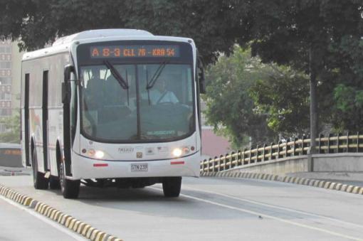 11852_BLU Radio/ Bus de Transmetro. Foto: Transmetro Prensa