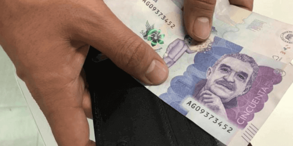 367327_dinero_salario_billetes_plata.png