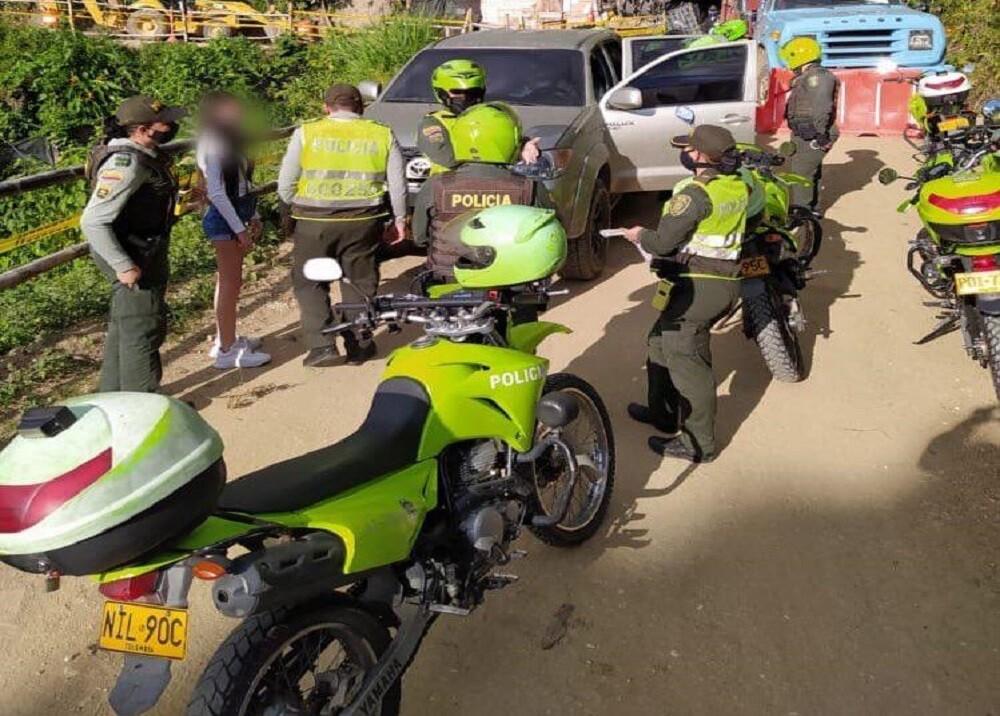 369817_BLU Radio: Operativo Policía Bucaramanga.Foto: Suministrada