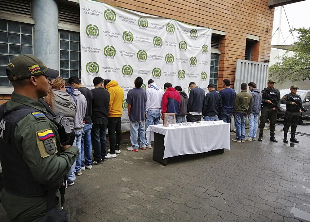 344813_BLU Radio. Más de 100 capturados en Medellín y Bello / Foto: Policía