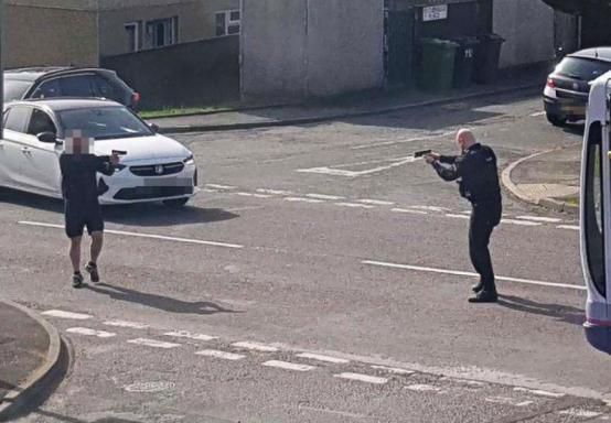 policía se enfrentó a supuesto pistolero en leeds.PNG