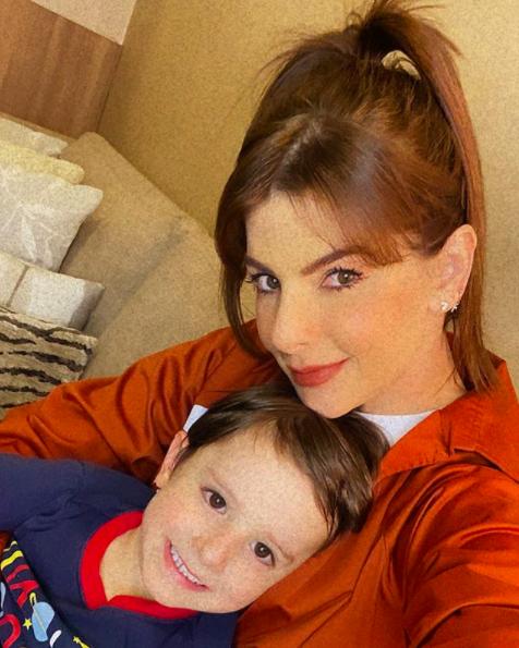 Carolina Cruz y su hijo Matías