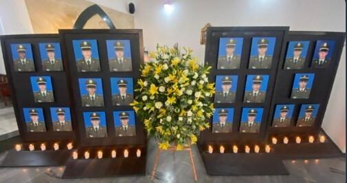 homenaje cadetes facllecidos .jpg