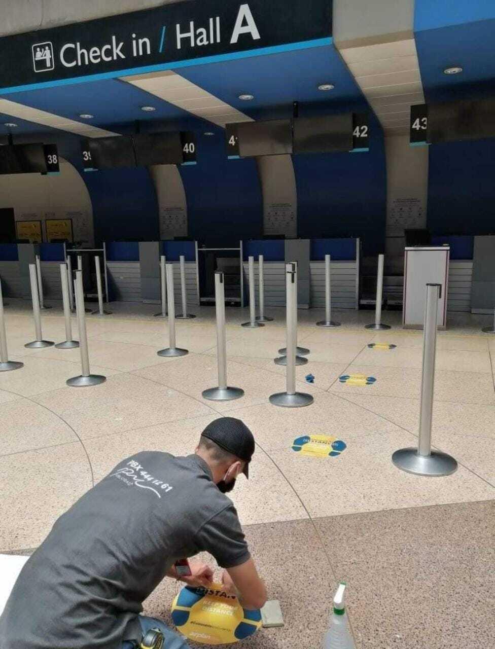 364319_BLU Radio // Demarcan aeropuerto de Rionegro para evitar casos de Covid-19 // Foto: Cortesía del aeropuerto