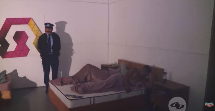 sin poder dormir en toda la noche, Omega tuvo que enfrentar duro castigo.JPG