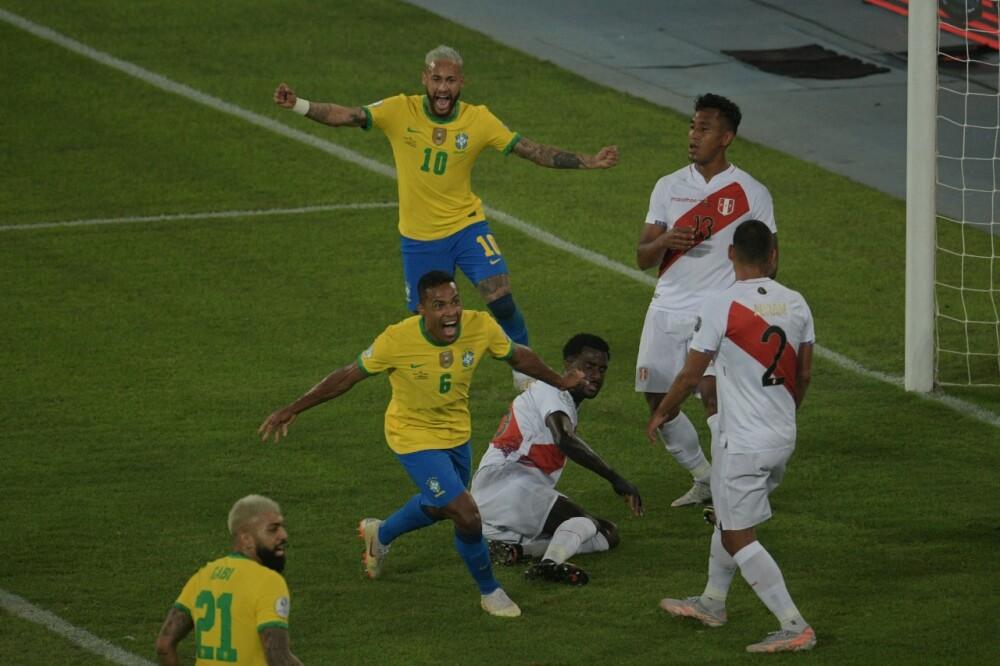 Selección Brasil Perú AFP.jpeg