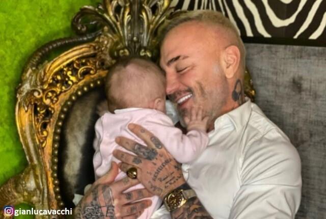 Gianluca Vacchi y su bebé Blu