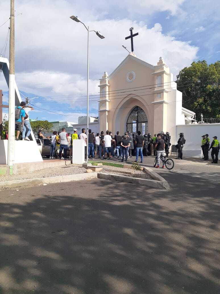371567_Sepelio masivo en Cúcuta. Foto: Cortesía