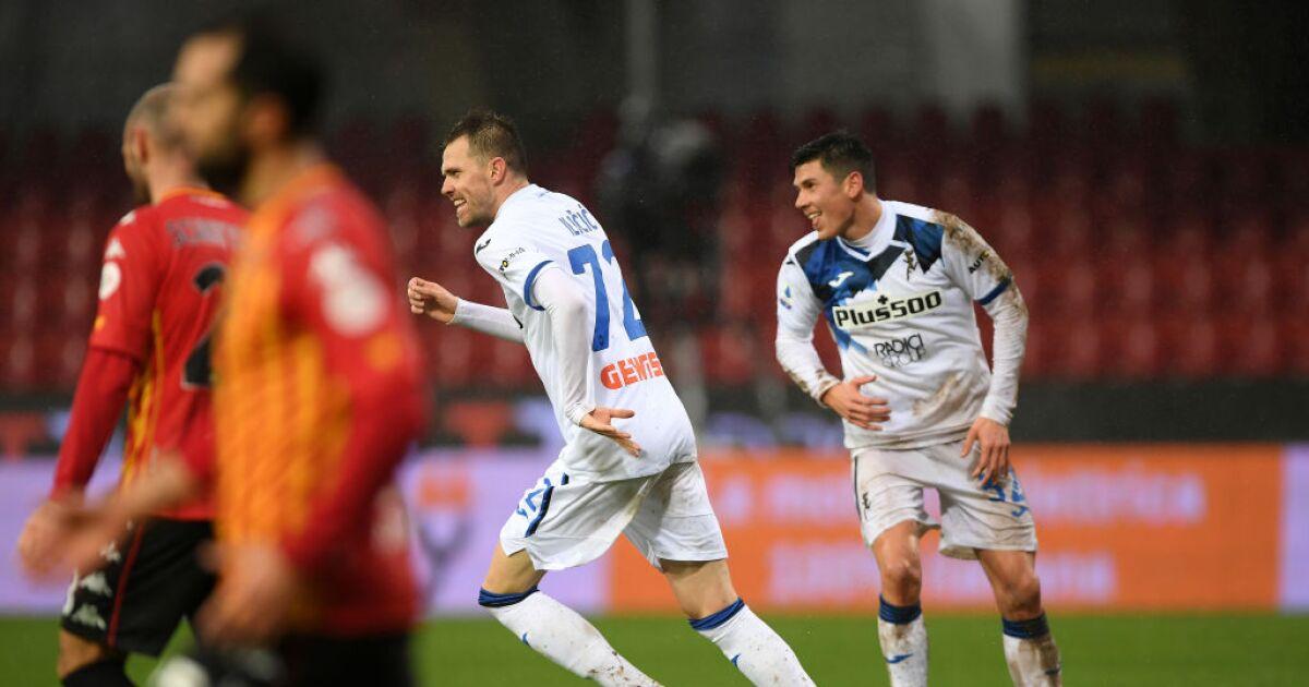 Encaró, eludió y remató: golazo de Josip Ilicic para Atalanta, en su visita a Benevento