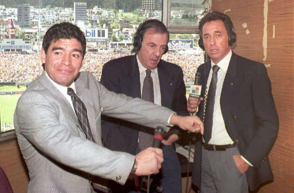 Maradona, César Luis Menotti y Quique Wolff / AFP