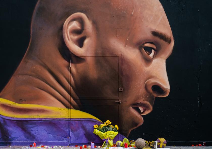Kobe Bryant murió en 2020 tras un accidente en un helicóptero.