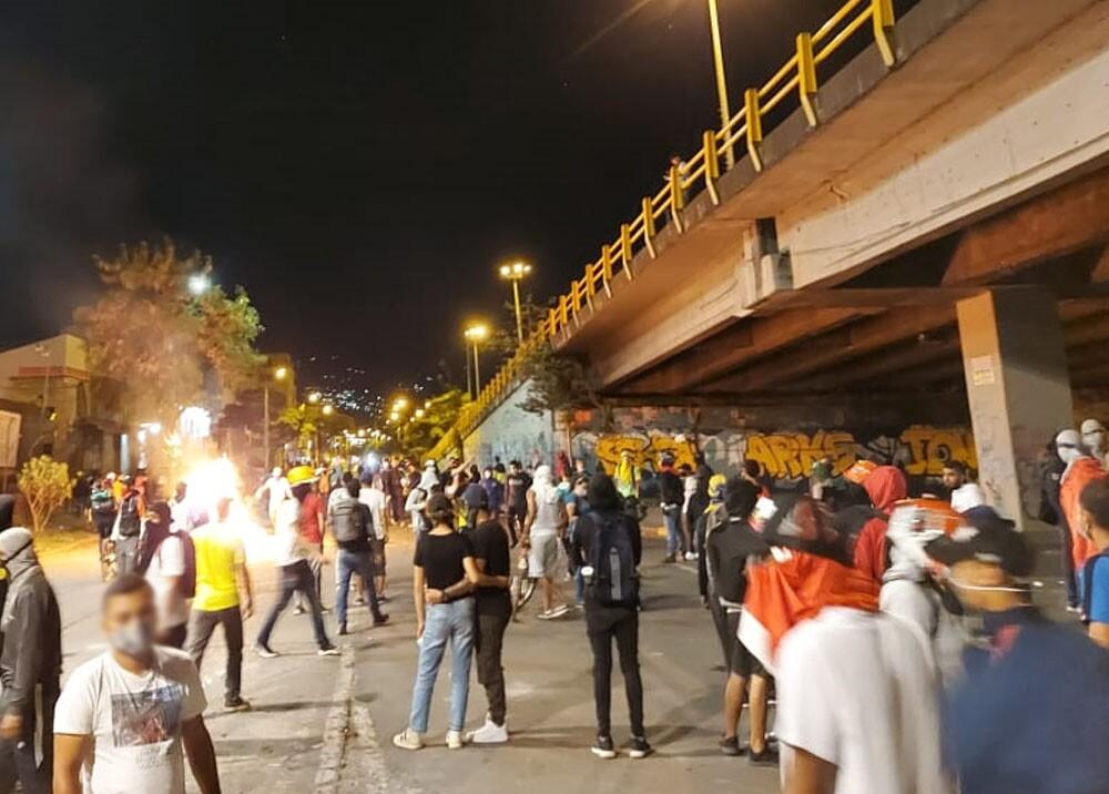 violencia durante paro nacional en cali foto mario baos.jpg