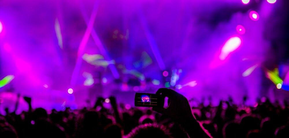 El festival de Países Bajos Verknipt music fest está asociado a varios casos de COVID-19.
