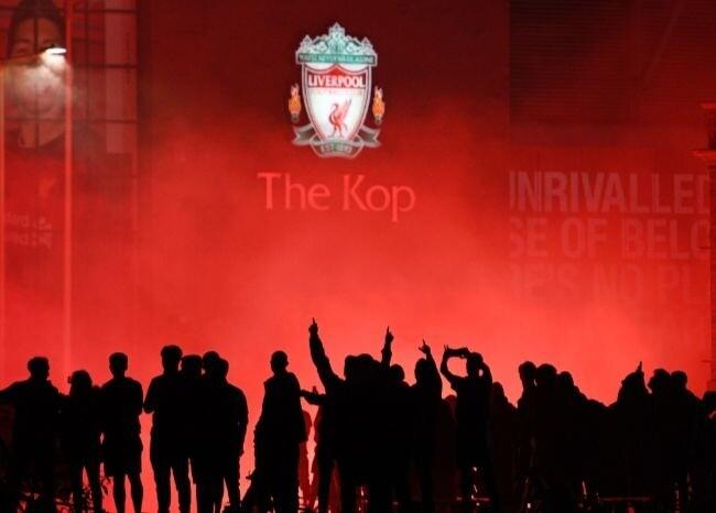 372000_Liverpool campeón / AFP