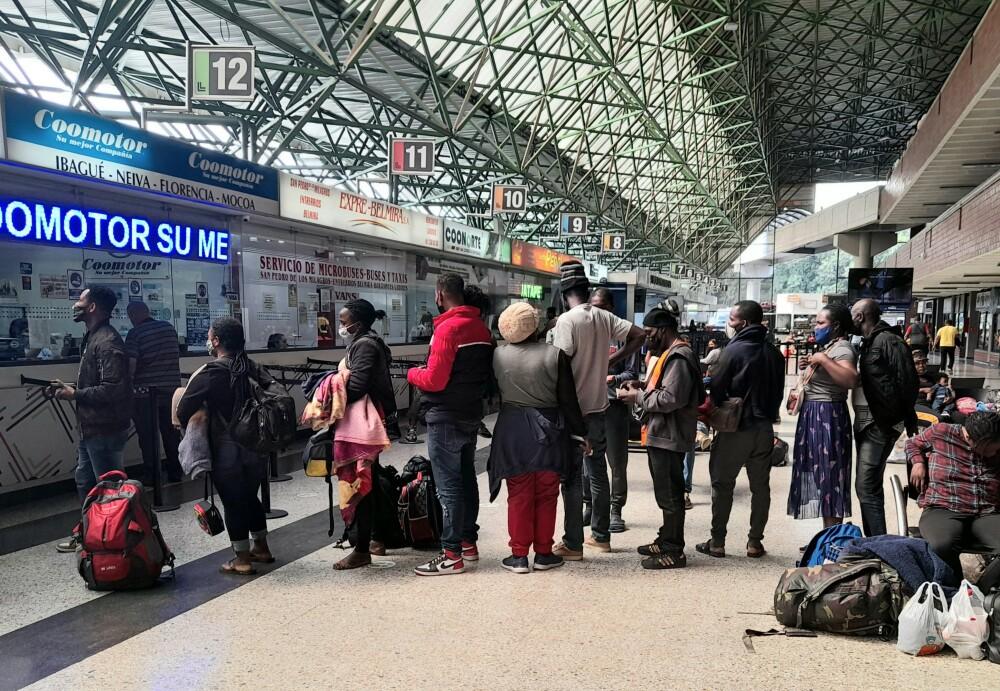 Migrantes haitianos en la Terminal del norte..jpg