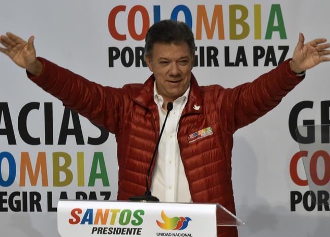 312432_BLU Radio. Campaña Santos 2014 / Foto: AFP