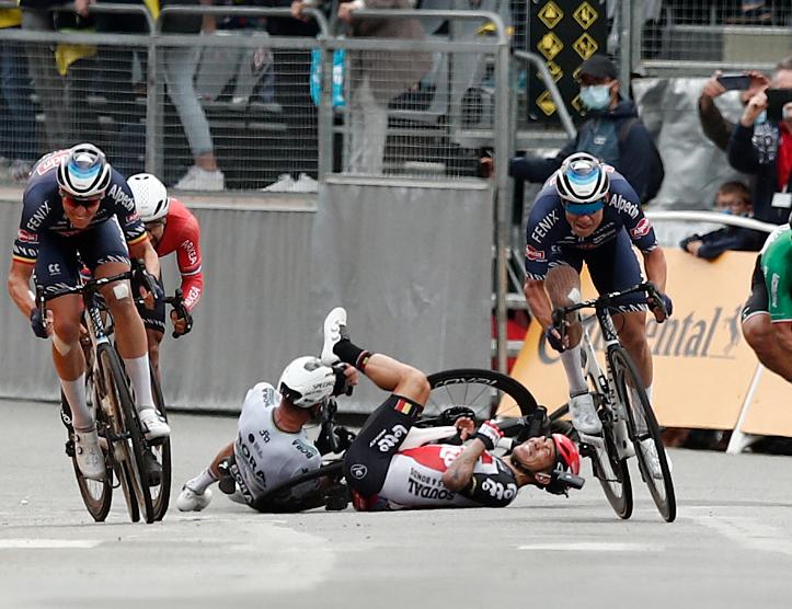 Peter Sagan se cayó en la etapa 3 del Tour de Francia.